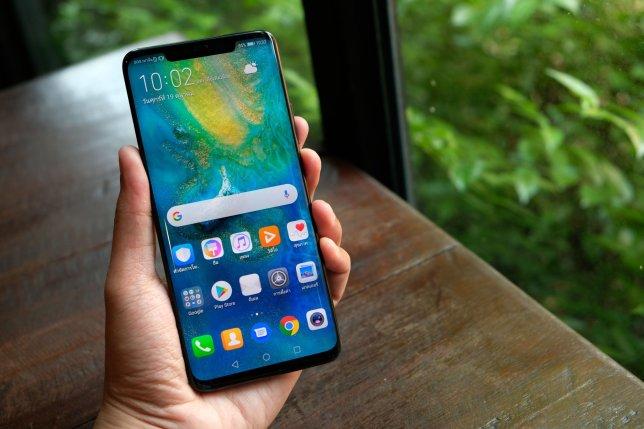 نقد و بررسی Huawei Mate30